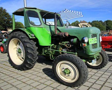 W jaki sposób wybrać części do maszyn rolniczych?