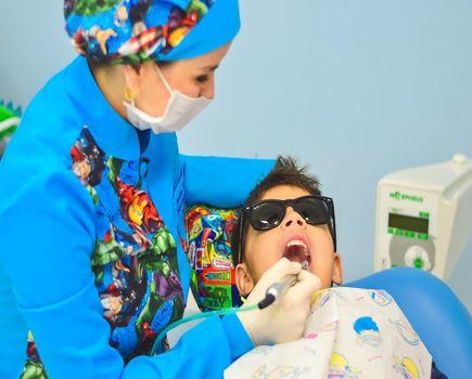 Jak pomóc dziecku w przezwyciężeniu strachu przed dentystą?
