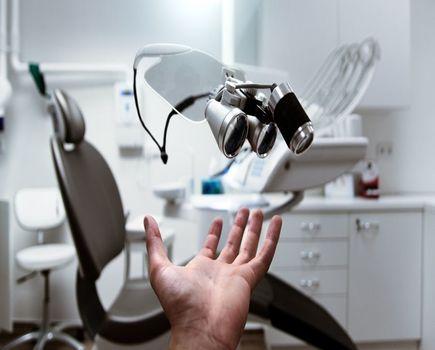 Endodoncja pod mikroskopem - dlaczego warto?