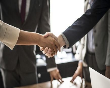 Startujesz z nowym biznesem? Przeczytaj jak zdobyć nowych kontrahentów