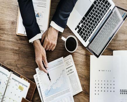 Jak obliczyć całkowity koszt pożyczki?