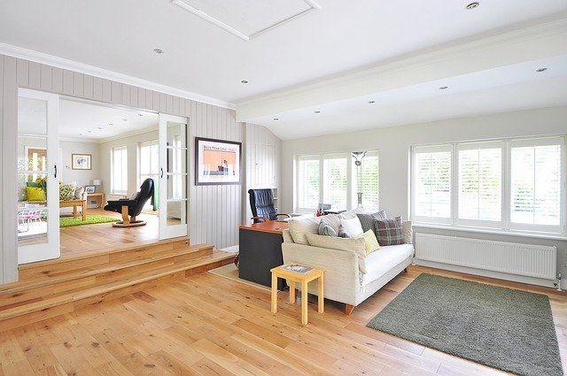 Podłogi drewniane: więcej niż dobry wygląd