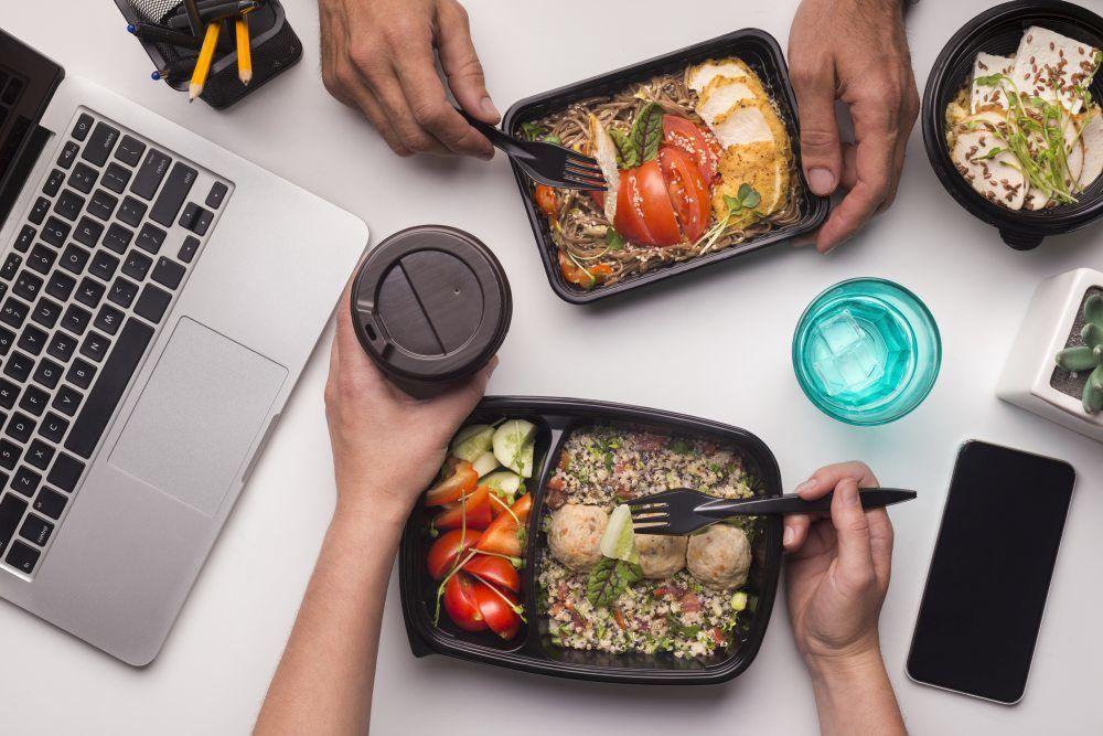 Benefity żywieniowe dla pracowników – czy warto?