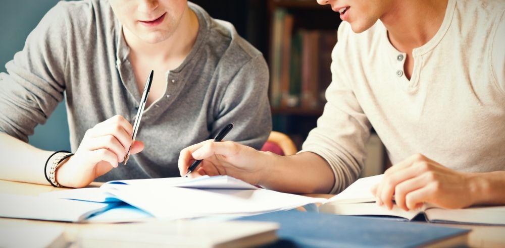 Dlaczego warto uczyć się języka w Studium Językowym UAM?