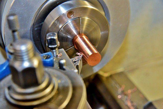 Największe w Polsce centrum maszyn przemysłowych i urządzeń do obróbki drewna i metalu