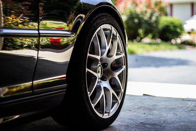 Opony letnie do auta typu SUV