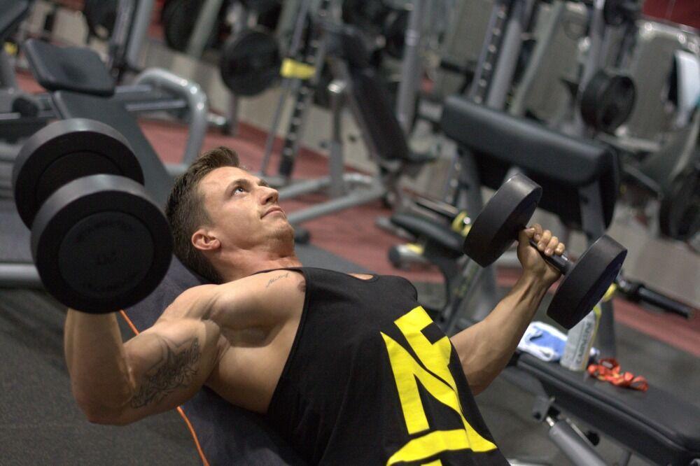 Trening na siłowni – jak powinien wyglądać?