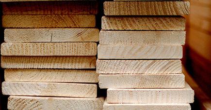 Wprowadzenie we właściwości mechaniczne drewna