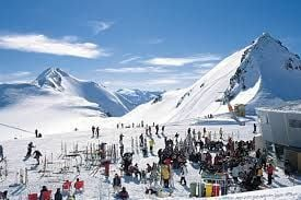 Czy warto uczyć się jeździć na nartach?