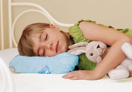 Jak dobrać poduszkę dla dziecka?