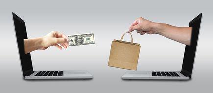 Zakupy ubrań online – czy warto?