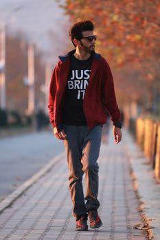Męska moda – kupuj tanio i wygodnie!
