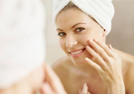 Naturalne kosmetyki anti-age przeciwko zmarszczkom