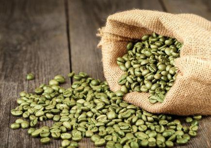 Zielona kawa – czy powinna uzupełniać dietę?