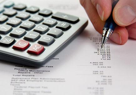 Doradca podatkowy – dlaczego warto korzystać z jego usług?