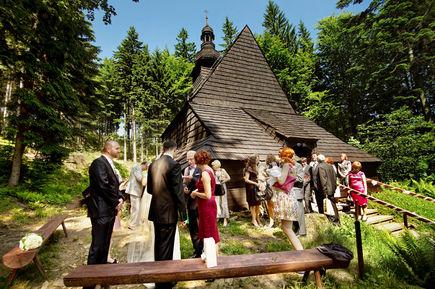 Chrzciny w górach – nowy trend w organizacji chrzcin!