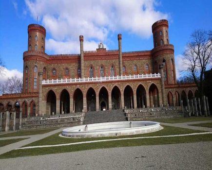 Ikona XIX wieku - poznajmy historię Marianny Orańskiej, odwiedzając Pałac w Kamieńcu Ząbkowickim