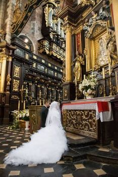 Narodziny sukien ślubnych