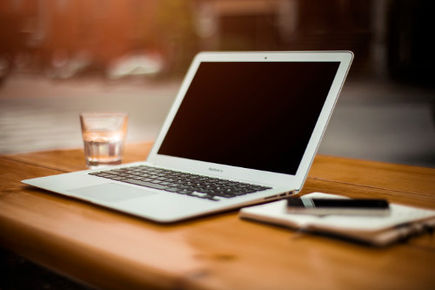 Męcząca praca przy komputerze