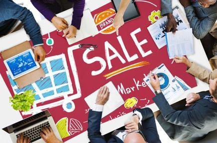 Coraz więcej branż odchodzi od gotówki. Płatności online są wygodniejsze.