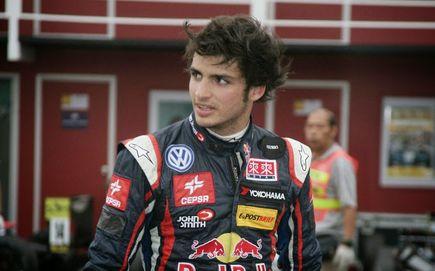 Carlos Sainz Jr kandydatem do fotela w McLaren obok Alonso.