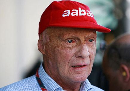 Mercedes jest w doskonałej pozycji - Niki Lauda.