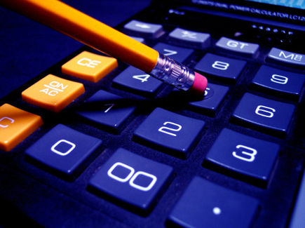Nie marnuj czasu na prowadzenie księgowości w firmie - zleć to specjalistom!