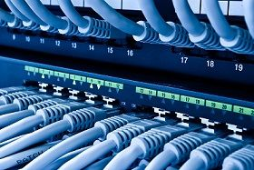 Na jakie elementy należy zwracać uwagę przy kreowaniu wizerunku firmy w Internecie.