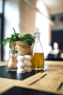 Olej rzepakowy czy oliwa? Co wybrać?