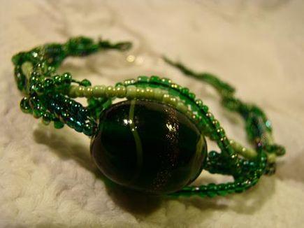 Czego może nauczyć tworzenie biżuterii?