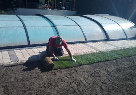 Zakładanie trawników – zasady, o których warto pamiętać.