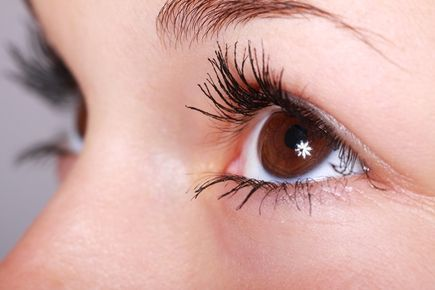 Jak poradzić sobie z cieniami pod oczami 7 najważniejszych zasad