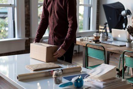 Kompleksowe przeprowadzki biur: jak prawidłowo się pakować?
