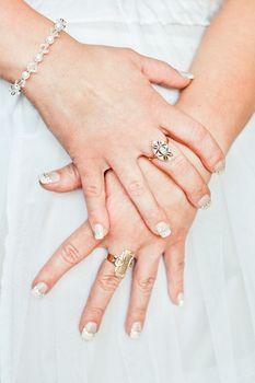 Biżuteria ślubna - jak wybrać tę odpowiednią?