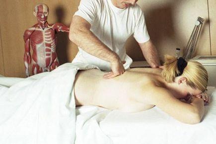 Terapia manualna - komu może pomóc?
