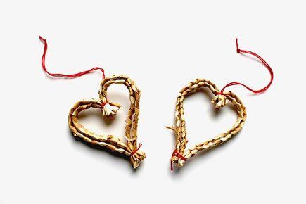 Biżuteria pomysł na prezent walentynkowy - co kupić?