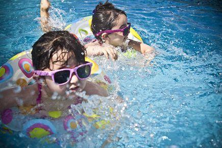 Jak się bawić się z dzieckiem w lecie?