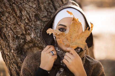 Jak modnie ubrać się w okresie jesiennym