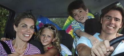 Kilka sposobów na zdrową podróż samochodem w upalny letni dzień!