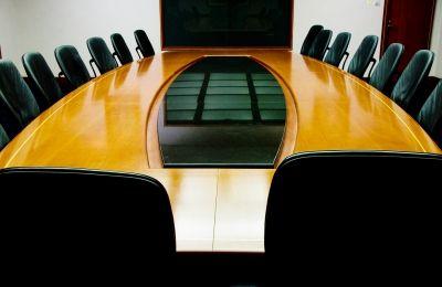 Jak uniknąć problemów przy wynajmowaniu sali szkoleniowej?