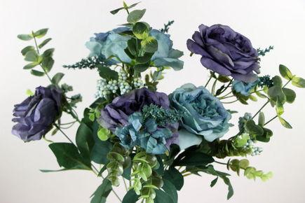 Sztuczne kwiaty równie piękne co te prawdziwe