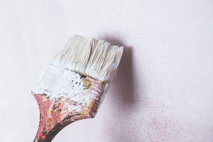 Proste i przyjemne malowanie ścian na wiosnę