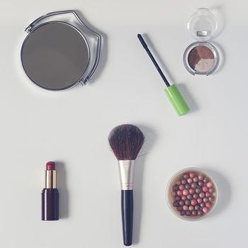Data ważności kosmetyków – sprawdź czy Twoje kosmetyki są jeszcze dobre!