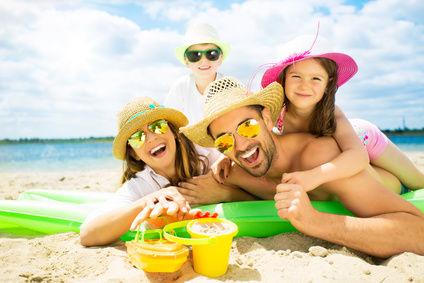 Z dzieckiem na wakacje nad morzem – 3 punkty, które musisz sprawdzić