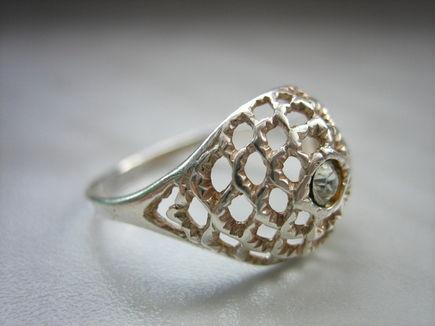 Czyszczenie srebrnej biżuterii – kilka porad