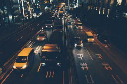 Jak najlepiej poruszać się po dużym mieście?