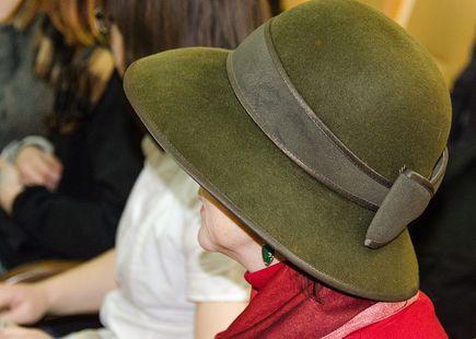 Jak wyczyścić kapelusz z filcu?