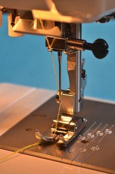Elektroniczna maszyna do szycia – nieskończone możliwości kreacji