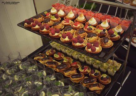Usługi cateringowe – Deser przy kawie