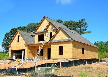Ważny etap budowy domu - strop